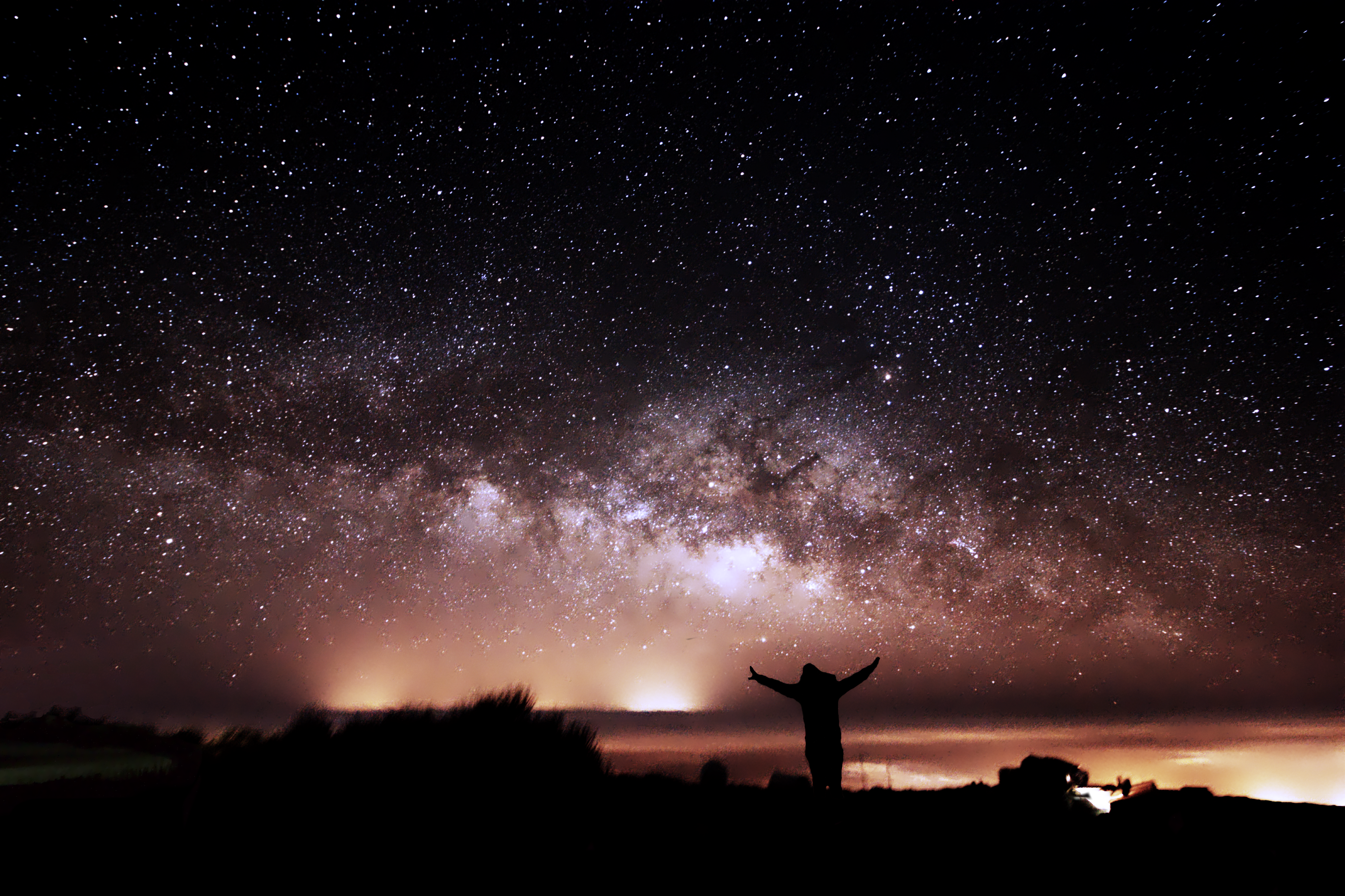 Astronomy Field Trip: Me and the Milky Way, taken by our expedition leader and astrophotographer Dr Antonio Martin-Carrillo!